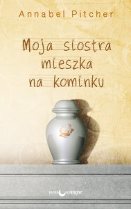 MojaSiostraMieszkaNaKominku